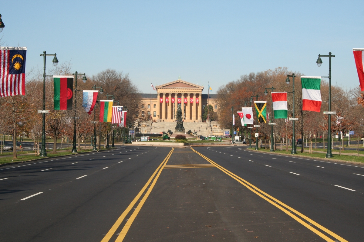 Benjamin Franklin Parkway, Flags of the World