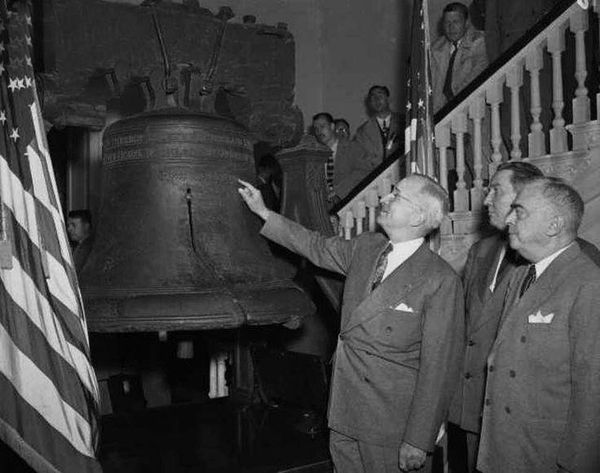 Harry Truman Inspects the Liberty Bell while visiting Independence Hall - October 6, 1948 - The National Park Service