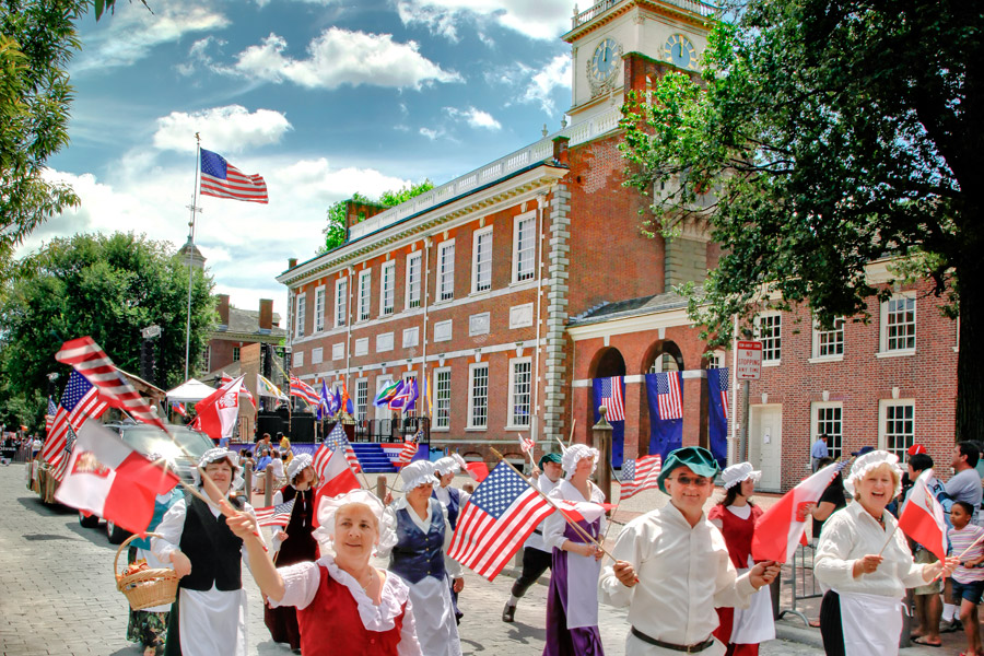 4th of July Parade in front of Independence Hall - Photo Courtesy of Visit Philadelphia